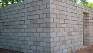 Как построить баню из блоков