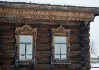 Старинные дома из бревен