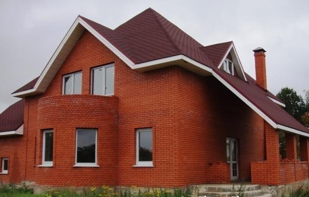 Преимущества строительства дома из кирпича